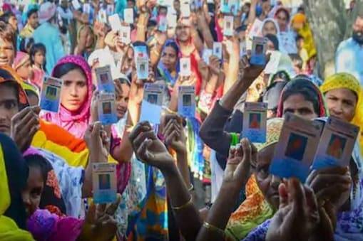 বাংলা-সহ ৫ রাজ্যে নির্বাচনের আগেই ডিজিটাল হচ্ছে ভোটার আইডি