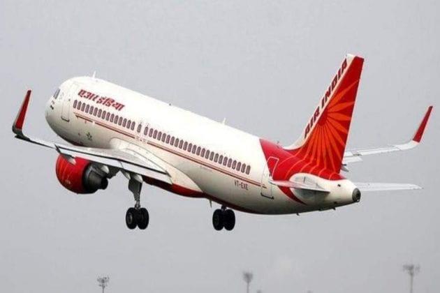বেতন হ্রাস হয়েছে ৭০ শতাংশ! নিলামে অংশগ্রহণ থেকে বিরত থাকার পরামর্শ Air India-র পাইলটদের