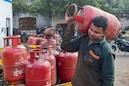 LPG Gas Cylinder: গ্যাস সিলিন্ডারে ৭০০ টাকা ছাড়! অফারের আজই শেষ দিন