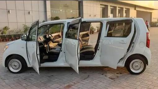 রয়েছে সাতটি দরজার বন্দোবস্ত, নতুন লুকে হাজির Maruti Suzuki Wagon R!
