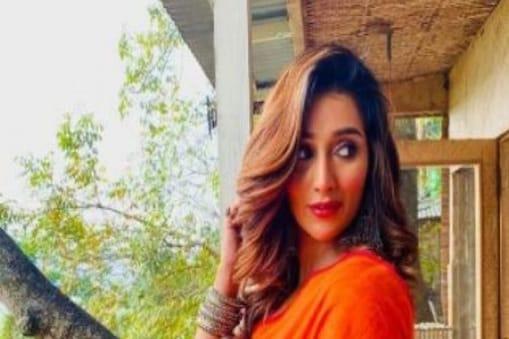 Sayantika Banerjee: 'দিদির পাশেই থাকতে চাই', প্রার্থী তালিকা পেশের আগে তৃণমূলে অভিনেত্রী সায়ন্তিকা বন্দ্যোপাধ্যায়
