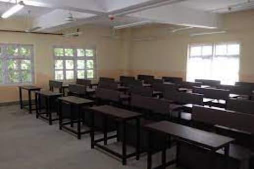 Covid in Kolkata : সংক্রমণের জের, বন্ধ হল  শহর কলকাতার নামি দুই স্কুল