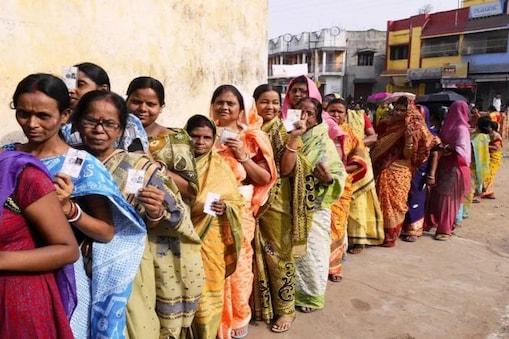 West Bengal Election 2021 Phase 1: ভোট দানের হারে এগিয়ে পশ্চিম মেদিনীপুর, ১১টা পর্যন্ত ভোটের হার কত? জানুন...