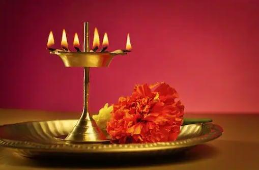 পঞ্চাঙ্গ ৭ এপ্রিল: দেখে নিন নক্ষত্রযোগ, শুভ মুহূর্ত, রাহুকাল এবং দিনের অন্য লগ্ন