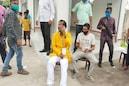 পয়া হলুদ পাঞ্জাবিতে ভরসা, ২০ বছর পর দিনভর বুথে বুথে ছুটলেন জ্য়োতিপ্রিয় মল্লিক