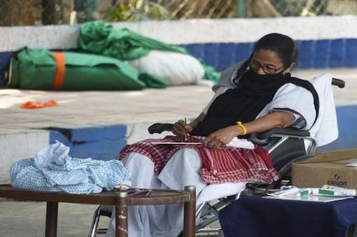 Mamata Banerjee Dharna: গান্ধিগিরিতেই কিস্তিমাত, রাজপথে প্রতিবাদে একা, জেদের অন্য নাম মমতা বন্দ্যোপাধ্যায়