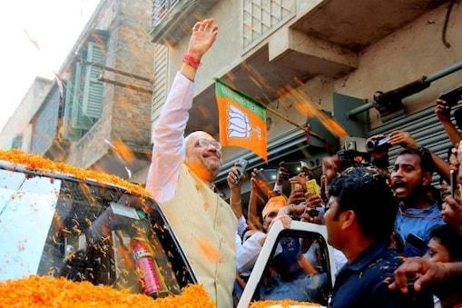 Amit Shah in Kolkata: দুয়ারে শাহ, মমতার 'গড়' দখলে ছক পালটে ঘরে-ঘরে অমিত-যাত্রা!