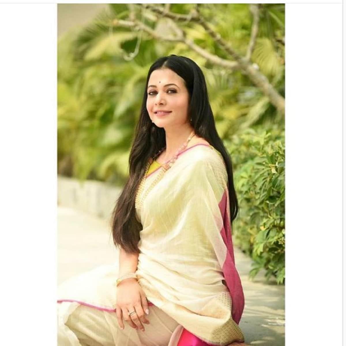 হালকা সাজে অপরূপা কোয়েল। জানালেন নববর্ষের শুভেচ্ছা। photo source Instagram