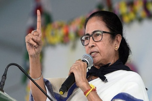Mamata on vaccine: 'এক দেশ, এক দল বলে চিৎকার করে, ভ্যাকসিনের এক দাম নয় কেন?' ফের বিজেপিকে আক্রমণ মমতার