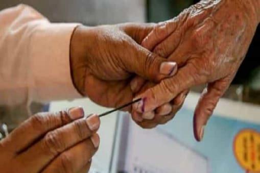 5th Phase Bengal Election: ভোট দিতে যাওয়ার জন্য বয়স্ক ভোটারদের ৪০০ টাকা দেবে কমিশন