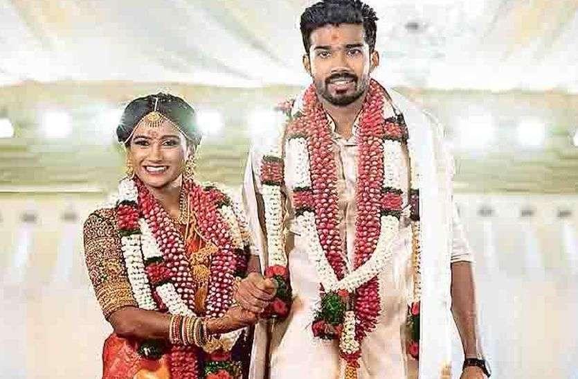 পসার সন্দীপ ওয়ারিয়র (Sandeep Warrier) বিয়ে করেন আরাথি কাস্তুরিরাজ কে (Aarathy kasturiraj) (Twitter)