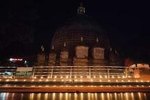 অম্বুবাচির যোগ কাটতেই সাজো সাজো রব কামাক্ষ্যা মন্দিরে, আলোর মালায় মাতৃমন্দির