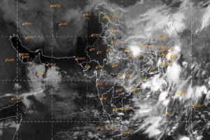 Weather Update: Bengal-এ ফের প্রবল দুর্যোগের আশঙ্কা, একাধিক জায়গায় Massive Rain alert জারি