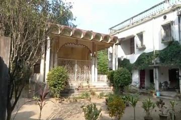 প্রিয়রঞ্জন দাসমুন্সির বাড়িতে পুজো বন্ধ, মন খারাপ শ্রীকলোনী বাসিন্দাদের