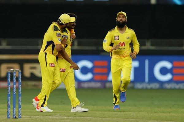 IPL 2021 CSK vs MI Live : নিয়ন্ত্রিত বোলিংয়ে মুম্বই বধ ধোনির চেন্নাইয়ের