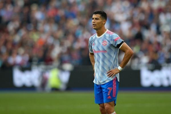 Ronaldo travel agent : রোনাল্ডোর পিন নম্বর ব্যবহার করে ফাঁসলেন এজেন্ট