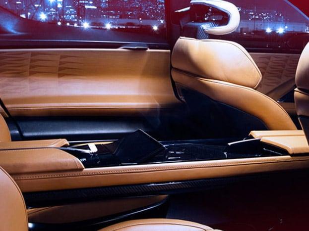 કંપની 2019માં આ ગાડી બજારમાં રજી કરી શકે ચે. USમાં આ ગાડીની કિંમત $129,000 (લગભગ 82,30,845 રૂપિયા ) છે. જેને $2,000 (લગભગ 1,27,610 રૂપિયા) આપી બુક કરાવી શકાય છે.