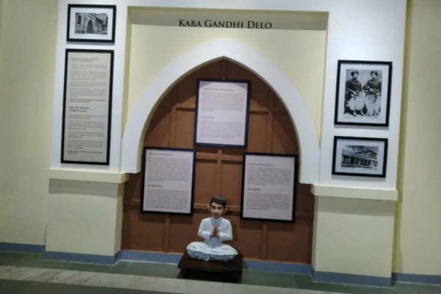 """ભારતની આઝાદીના ઇતિહાસમાં મહત્વપૂર્ણ સ્થાન ધરાવતા રાજકોટ શહેર સાથે ભારતના રાષ્ટ્રપિતા પૂ. મહાત્મા ગાંધીનો બહુ ગાઢ નાતો રહ્યો હતો. પૂ. બાપુના બાળપણ અને શિક્ષણના સાક્ષી બનેલા રાજકોટ શહેરમાં પૂ. ગાંધી બાપુની સ્મૃતિઓ કાયમી બની રહે અને નવી પેઢીઓને આદર્શ ભારતનાં નિર્માણમાં યોગદાનની પ્રેરણા આપતી રહે તેવા ઉમદા ધ્યેય સાથે રાજકોટ મહાનગરપાલિકાએ કેન્દ્ર સરકાર અને રાજ્ય સરકારનાં અપ્રતિમ સહયોગ સાથે """"ઐતિહાસિક ગાંધી સર્કિટ""""ને વૈશ્વિક ફલક પર મુકવાનું જે બીડું ઝડપ્યું હતું તે હવે સાકાર થવા જઈ રહ્યું છે."""