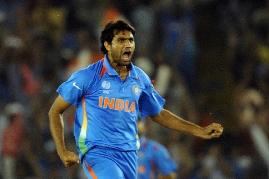 સચિન તેંડુલકરને પોતાની બોલિંગથી પ્રભાવિત કરનાર મુનાફ પટેલ 2003માં રાજકોટમાં મહેમાન ટીમ ન્યૂઝીલેન્ડ વિરુદધ ભારત એ તરફથી રમતા હતા. ત્યારે તેમણે ફસ્ટ્ ક્લાસ ક્રિકેટમાં પગ મુક્યો હતો. ડેબ્યુના ત્રણ વર્ષ તેમણે ભારતની ટેસ્ટ ટીમમાં રમવાનો મોકો મળ્યો હતો.
