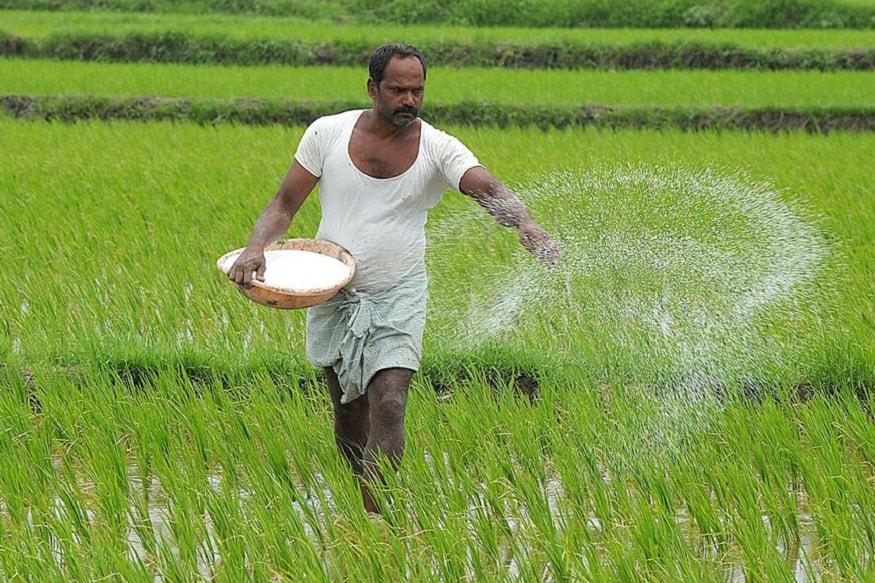 છેલ્લા બે કે ત્રણ વર્ષથી વરસાદ ઓછો પડે છે, જેને લઇ ખેડૂતોની માઠી બેઠી છે. જો આગહીકારનું અનુમાન સાચું પડે અને વરસાદ ખુબ સારો થાય તો, ચાલુ વર્ષ ખેડૂતો માટે સારું રહેશે.