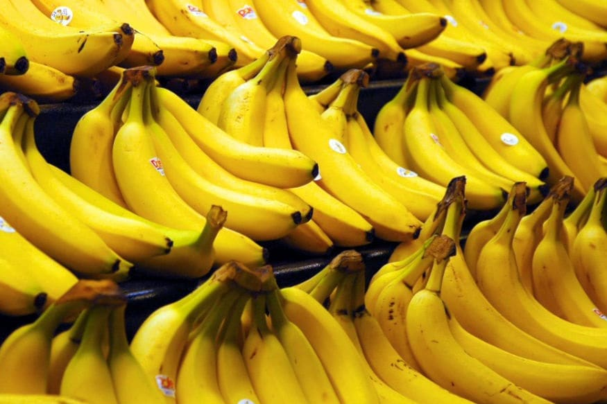 ખાવામાં બાળકોને દાળના પાણી સાથે કેળા ક્રશ કરીને પણ આપો.