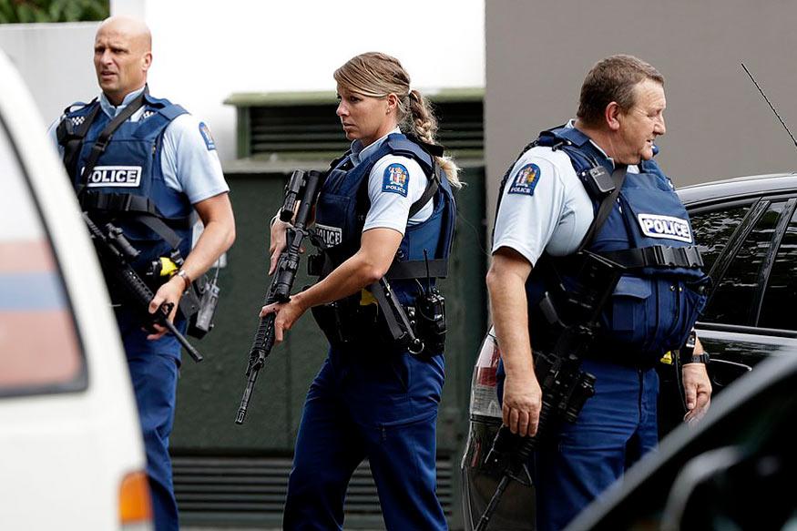 પોલીસે હુમલા સંદર્ભે એક શકમંદની ધરપકડ કરી લીધી છે. જોકે, આ વ્યક્તિએ જ હુમલો કર્યો છે કે નહીં તે નક્કી થયું નથી.