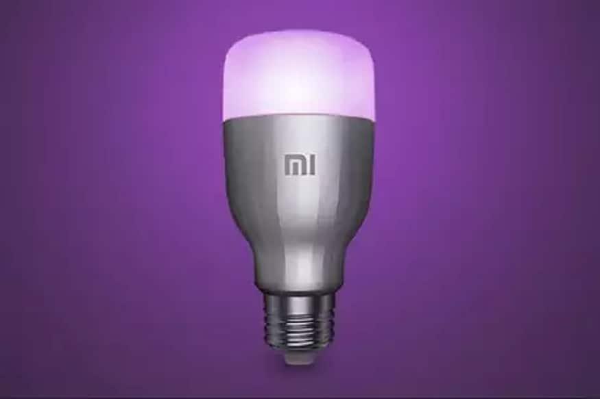 ભારતીય બજારમાં સસ્તા ફોન માટે પોપ્યુલર કંપની શિયોમીએ હવે Mi LED Smart Bulb લોન્ચ કર્યો છે. આ બ્બની સૌથી મોટી ખાસીયત એ છે કે, આમાં Mi Home એપનો સપોર્ટ આપવામાં આવ્યો છે, જેની મદદથી ગ્રાહક બલ્બને On-Off કરી શકે છે. શિયોમીનો દાવો છે કે, Mi LED બલ્બ 11 વર્ષ સુધી ચાલશે અને જાણકારી અનુસાર, આ બલ્બ 1.6 કરોડ કલરને સપોર્ટ કરશે.