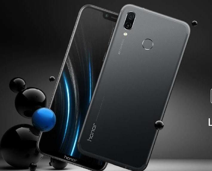 ઓનર 9એન સ્માર્ટફોનના 4 જીબી રેમ 64 જીબી સ્ટોરેજ વેરિઅન્ટ 9, 499 રૂપિયા માટે ઉપલબ્ધ છે. આ સ્માર્ટફોન રૂ. 13,999માં લોન્ચ કરવામાં આવ્યો હતો. ઓનર 9 લાઇટ સ્માર્ટફોન 4 જીબી રેમની 64 જીબી સ્ટોરેજ વેરિઅન્ટ કિંમત 9,499 રૂપિયા છે. સ્માર્ટફોન રૂ. 14,999 માં લોન્ચ કરાયો હતો.