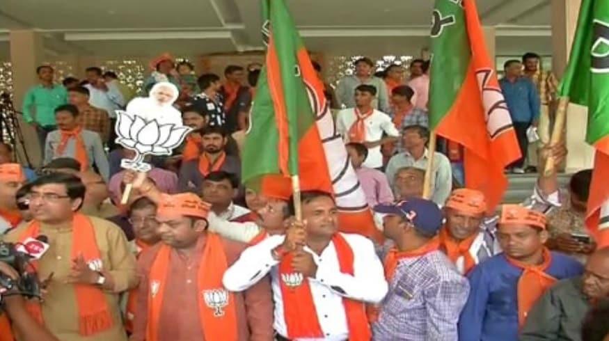લોકસભાની ચૂંટણીનું પરિણામ જાહેર થશે. ત્યારે પરિણામ પહેલા જ ભાજપે જીતની તૈયારીઓ શરૂ કરી દીધી છે. જીત મળ્યા બાદ ઉજવણી કરવા માટે ગુજરાત ભાજપ સજ્જ થઈ ચૂક્યુ છે.