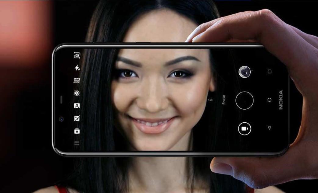 Nokia 6.1 Plusને રૂ. 12,999 માટે ખરીદી શકાય છે. આ ફોનની કિંમત રૂ. 17,600 છે. આ ફોન પર એક્સ્ચેન્જ ઑફરોનો ફાયદો પણ લઈ શકાય છે, જેમાં તમને જૂનો ફોન આપીને રૂ .12,100 સુધીનું ડિસ્કાઉન્ટ મળી શકે છે.