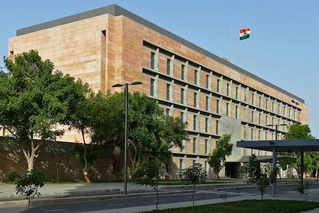 રાજ્યમાં 79 IAS અધિકારીઓની સાગમટે બદલી, સુરત-રાજકોટના મ્યુનિસિપલ કમિશનર બદલાયા