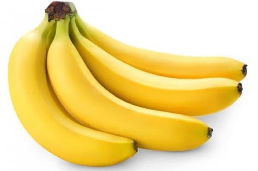 કેળું<br />કેળાને ક્રૂશ કરીને તેમાં બે ચમચી મલાઇ કે દૂધ મેળવો. અને પછી આ પેસ્ટને તમારા ચહેરા પર 10 મિનિટ લગાવી ચહેરો નવશેકા પાણીથી સાફ કરી લો. આ ફેસપેક તમારા ચહેરા પર ગ્લો લાવશે.