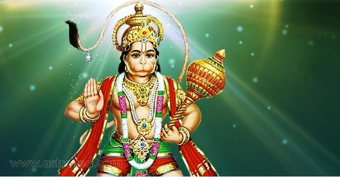 એવું કહેવાય છે કે જો હનુમાનજીને પ્રસન્ન કરવા હોય તો સૌથી પહેલા તેમના પ્રભુ શ્રીરામને પ્રસન્ન કરવા જોઇએ. તેથી સૌથી પહેલા શ્રીરામનું નામ લો. પછી હનુમાન ચાલીસાનો પાઠ શરૂ કરો.