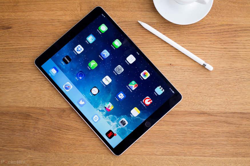 બીજી તરફ, ગયા વર્ષે જ કંપનીએ સેકન્ડ જનરેશનલ એપલ પેન્સિલ લોન્ચ કરી હતી જે iPad Proની સાથે કામ કરે છે. આપને જણાવી દઈએ કે એપલે પેન્સિલ સપોર્ટની પાછળ થોડાક મહિનાઓમાં ઘણો ખર્ચ કર્યો છે.
