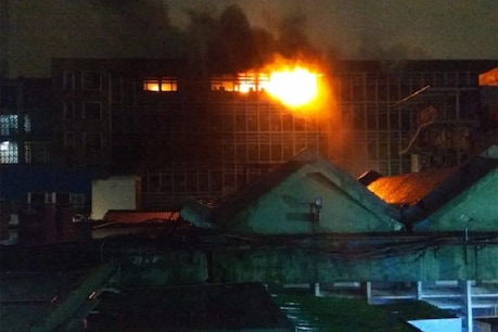 નવી દિલ્હી: AIIMSમાં લાગી અત્યાર સુધીની સૌથી મોટી આગ