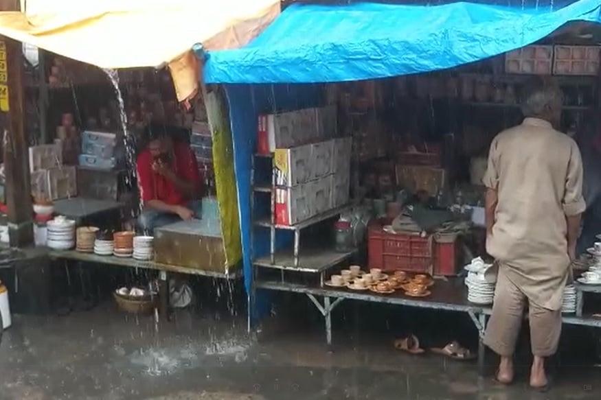 ડાંગ જિલ્લામાં છેલ્લા 24 કલાકમાં હળવો વરસાદ વરસ્યો છે. આહવામાં 03 મિમી, વઘઇમાં 10 મિમી, સુબિરમાં 14 મિમી, સાપુતારામાં 01 મિમી વરસાદ નોંધાયો છે.