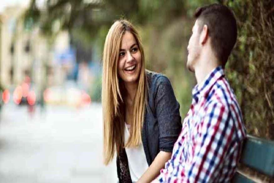 તમારો પહેલો પ્રશ્ન આજ હોવો જોઇએઃ- જ્યારે તમે યુવતી જોવા જાવ ત્યારે મિટિંગ (Relationship meeting)માં પહેલો પ્રશ્ન એ હોવો જોઇએ કે તમારે કેવો પાર્ટનર જોઇએ.આ પ્રશ્ન પૂછવાની સાથે તમે તેમની સામે કેટલાક ઓપ્શન પણ રાખી શકો છો. જેવી રીતે કે તેમણે લાઇફ ઇમેજિંગ કરી હોય. તેમનો પાર્ટનર ખુબ જ પૈસાવાળો હોવો જોઇએ. ભણેલો-ગણેલો અને સપોર્ટિવ હોવો જોઇએ. અથવા તો સીધો સાદો પાર્ટનર જોઇએ. આવી રીતે તમને યુવતીની પસંદ અંગે જાણી શકશો. આ સાથે એ પણ ખબર પડશે કે તેમે યુવતીની પસંદગીની કેટેગરીમાં ફીટ થાઓ છો કે નહીં.