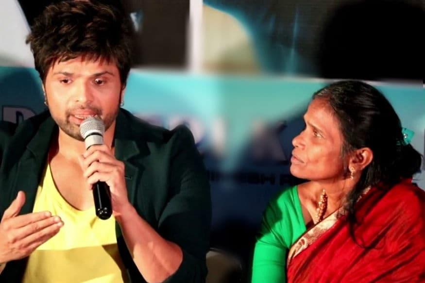 મુંબઇ: રાનૂ મંડલ (Ranu Mondal)નું નામ આજે દરેક જાણે છે. પશ્ચિમ બંગાળનાં રેલવે સ્ટેશન અને રાણાઘાટાની ગલીઓમાં ફરી ફરીને ગાનારી અને આ રીતે પોતાનું જીવન ગુજારનારી 60 વર્ષની મહિલા રાનૂનો એક વીડિયો વાયરલ થયો અને તે રાતો રાત ઇન્ટરનેટ સ્ટાર બની ગઇ. લતા મંગેશ્કર (Lata Mangeshkar)નું સોન્ગ એક પ્યાર કા નગ્માને પોતાની અવાજમાં રાનૂએ ગાયૂ હતું.