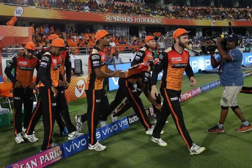 સનરાઇઝર્સ હૈદરાબાદ (Sunrisers Hyderabad)ના પર્સમાં 17 કરોડ રૂપિયા છે અને ટીમમાં બે વિદેશી સહિત કુલ સાત ખેલાડીઓની જગ્યા છે.