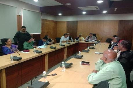 ગુજરાતના તમામ પૂર્વ ધારાસભ્યોએ રૂપાણી સરકાર સામે ચડાવી બાંયો