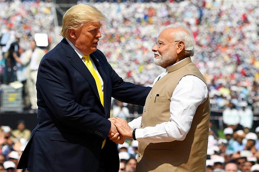 નોંધનીય છે કે, ટ્રમ્પને એવું પૂછવામાં આવ્યું કે તેઓ ભારત અને ચીનની વચ્ચે સરહદ વિવાદ પર ઊભી થયેલી સ્થિતિ ચિંતિત છે, તેની પર તેઓએ કહ્યું હતું કે, ભારત અને ચીનની વચ્ચે મોટો ટકરાવ છે. બે દેશ અને પ્રત્યેકની વસ્તી 1.4 અબજ. બે દેશ જેમની પાસે ઘણી શક્તિશાળી સેનાઓ છે. ભારત ખુશ નથી અને સંભવતઃ ચીન પણ ખુશ નથી. ટ્રમ્પે કહ્યું કે, મેં વડાપ્રધાન મોદી સાથે વાત કરી. ચીનની સાથે જે પણ ચાલી રહ્યું છે તેનાથી તેઓ ખુશ નથી. તેના એક દિવસ પહેલા ટ્રમ્પે ભારત અને ચીનની વચ્ચે મધ્યસ્થતાની રજૂઆત કરી હતી.