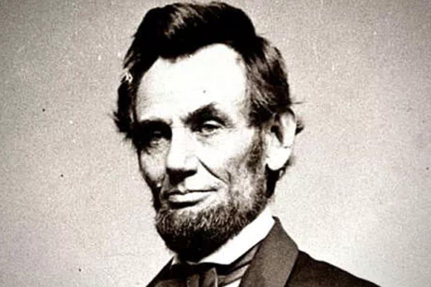 1809: અમેરિકાના 16મા રાષ્ટ્રપતિ અબ્રાહમ લિંકન (Abraham Lincoln)નો આજના દિવસે જન્મ થયો હતો.