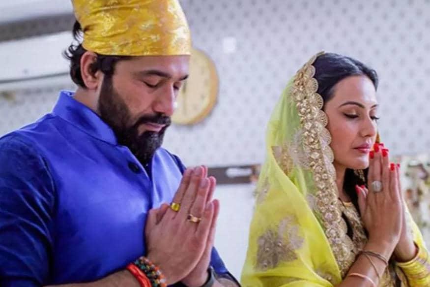 લગ્ન બાદ 11 ફેબ્રુઆરીએ આ જોડી ગ્રાન્ડ રિસેપ્શન આપવાની છે. ત્યારબાદ દિલ્હીમાં પણ એક રિસેપ્શન આપવામાં આવશે.