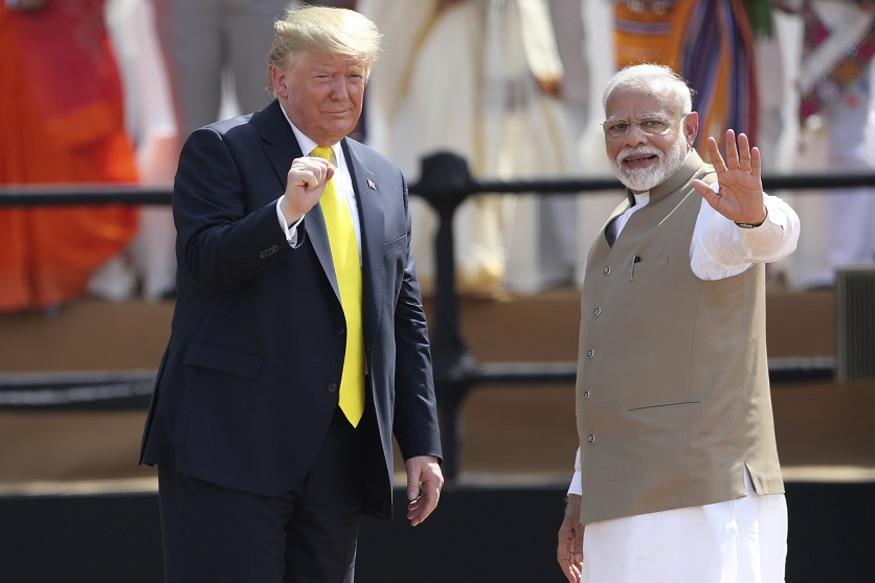 વૉશિંગટન : અમેરિકાના રાષ્ટ્રપ્રમુખ ડોનાલ્ડ ટ્રમ્પ (Donald Trump)એ કહ્યું કે ભારત પ્રવાસ તેમના માટે હંમેશા યાદગાર રહેશે. ટ્રમ્પ અમદાવાદના મોટેરા ખાતેના સરદાર પટેલ સ્ટેડિયમ (Motera Sardar Patel Stadium)માં ઉપસ્થિત ભીડથી ખૂબ ઉત્સાહિત જોવા મળ્યા. શનિવારે સાઉથ કૈરોલિયા (South Carolina)માં એક રેલીને સંબોધિત કરતાં તેઓએ કહ્યું કે ભીડને જોઈ તેઓ હવે કદાચ ભારતની જેમ ક્યારેય ઉત્સાહિત નહીં થાય.