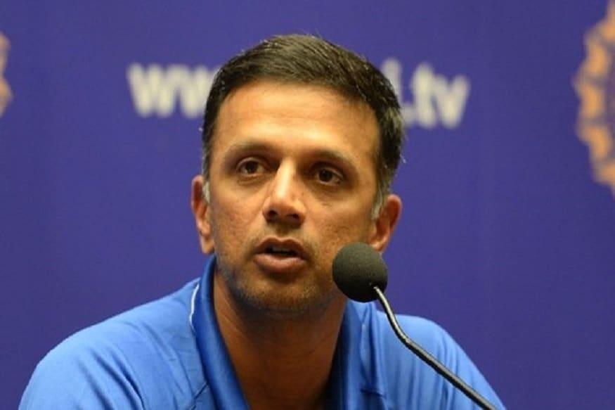 રાહુલ દ્રવિડ હાલ નેશનલ ક્રિકેટ એકેડમીના ચીફ છે. બેંગલુરુમાં આવેલી આ એકેડમીમાં ભારતીય ખેલાડીઓની ફિટનેસની જવાબદારી હોય છે. જો કોઈ ભારતીય અનફિટ થાય તો તે એનસીએમાં જ ફિટ થાય છે અને તેમાંથી ક્લિનચીટ મળ્યા પછી તેને ફરી ટીમ ઇન્ડિયામાં સ્થાન મળે છે. જોકે થોડા કેટલાક સમયથી એનસીએ ઉપર સવાલ ઉભા કરવામાં આવી રહ્યા છે. કારણ કે જે પણ ખેલાડી એનસીએ જઈ રહ્યો છે તેની ઈજા ખરાબ થઈ રહી છે અથવા તે ફરી પાછો ઇજાગ્રસ્ત થઈ જાય છે.