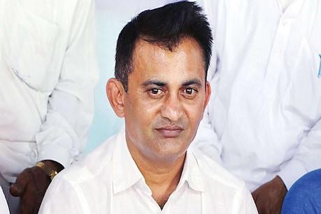 પરેશ ધાનાણીનો CMને પત્ર: રાજ્ય બહાર ફસાયેલા ગુજરાતીઓને વતનમાં લાવો, તેમની સ્થિતિ વિકટ છે