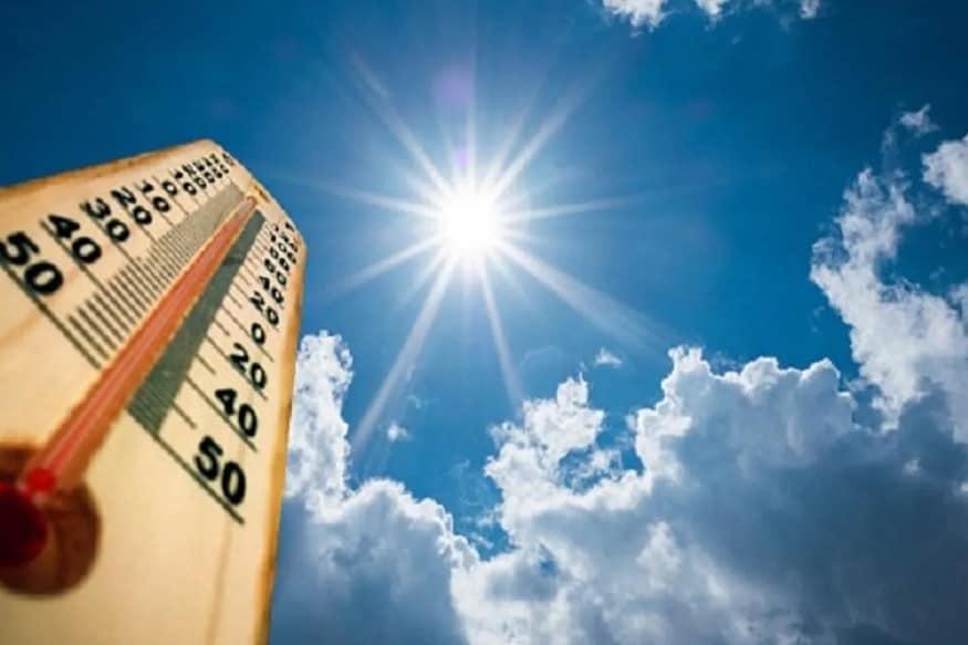 ઉનાળામાં ગરમીના કારણે રસ્તાઓ સુમસામ થઈ જતા હતા પરંતુ અત્યારે ગરમી અને લોકડાઉન ના કારણે રસ્તાઓ સુમસામ છે.લોકડાઉન અને ગરમી વચ્ચે પણ બહાર જવાનું થાય તો કોટનના કપડાં પહેરવા જોઈએ. અને ગરમીમાં પાણી પણ વધુ પીવું જોઈએ જેના કારણે ડી હાઈડ્રેશન થી બચી શકાય.