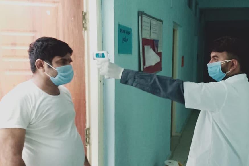 રિપોર્ટ મુજબ ભારતના હોસ્પિટલમાં દાખલ થતા કોરોનાના દર્દીઓમાં હવે યુવાનોની સંખ્યા વધી રહી છે. અત્યાર સુધી દેશમાં કોરોના હોટસ્પોટ હતા ત્યાં યુવાનોને સંક્રમણ થવાની સંખ્યા ઓછી હતી. જો કે ભારત અને બાઝિલમાં કોરોના કેસમાં હવે યુવાનો પર તેની સૌથી વધુ અસર થતી જોવા મળે છે.