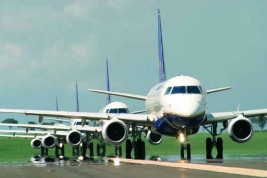વળી દરેક યાત્રાને સમાપ્ત કર્યા પછી વિમાન સેનેટાઇઝેશનના નિયમોનું પાલન કરવું પડશે. જો કે ટ્રાંઝિટ ફ્લાઇટમાં વિમાનમાં જે સીટો ખાલી હોય બસ ત્યાં જ સેનેટાઇઝ કરવાનું સૂચિત કરવામાં આવ્યું છે. વળી દિવસના અંતે દરેક વિમાનને ડીપ ક્લીન કરવાનો આદેશ પણ આપવામાં આવ્યો છે. વિમાનમાં શૌચાલયને વારંવાર સાફ કરવાનું પણ કહેવામાં આવ્યું છે. વળી એરલાઇન્સને નિયમિત રૂપે તેના તમામ ચાલક દળનું સ્વાસ્થય પરીક્ષણ કરાવવું પડશે. આ સિવાય તમામ કેબિન ક્રૂ અને ફૂલ ગિયર સુરક્ષાત્મક સુટ આપવાનું કહેવામાં આવ્યું છે.