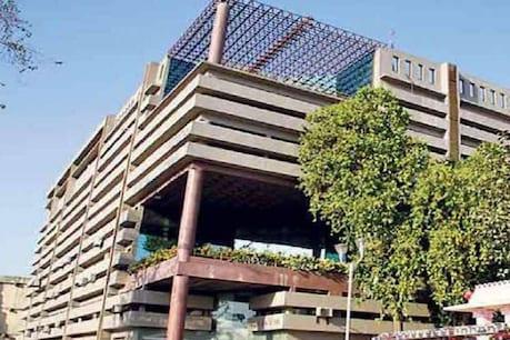 કોરોના કહેર વચ્ચે AMCનો પ્રી-મોન્સૂન એક્શન પ્લાન, મેયરની આગેવાનીમાં કામગીરીની સમીક્ષા કરાઇ